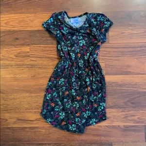 Little girl lulalroe dress with pockets!